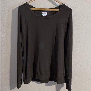 Plain olive AVA & VIV longsleeve shirt